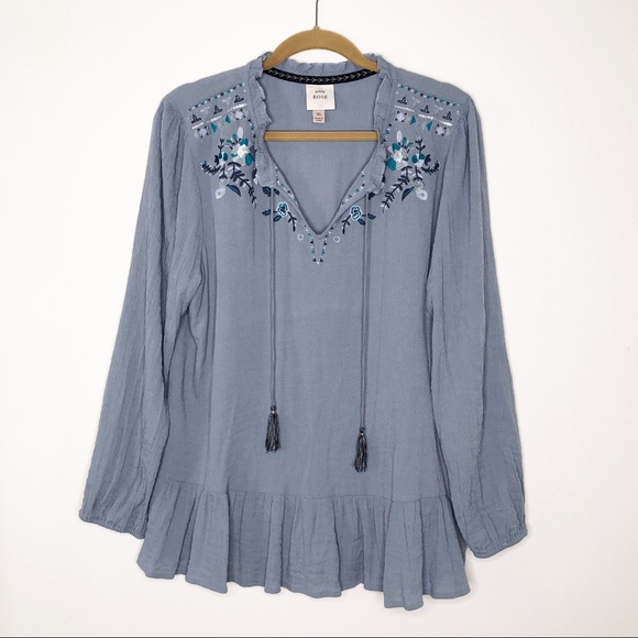Knox Rose Tops - Knox Rose embroidered pullover with tassels. XL